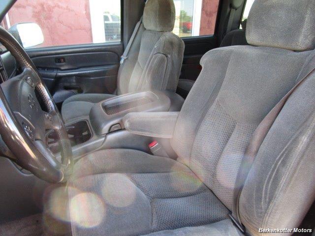 2004 Chevrolet Silverado 2500 LS Crew Cab 4x4 - Photo 35 - Brighton, CO 80603