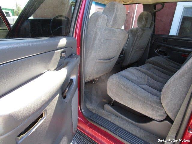 2004 Chevrolet Silverado 2500 LS Crew Cab 4x4 - Photo 36 - Brighton, CO 80603
