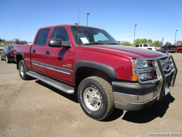 2004 Chevrolet Silverado 2500 LS Crew Cab 4x4 - Photo 1 - Brighton, CO 80603