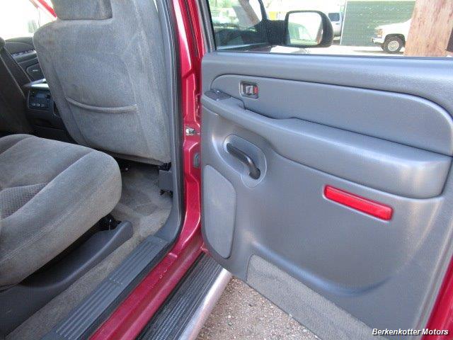 2004 Chevrolet Silverado 2500 LS Crew Cab 4x4 - Photo 25 - Brighton, CO 80603