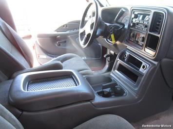 2004 Chevrolet Silverado 2500 LS Crew Cab 4x4 - Photo 21 - Brighton, CO 80603