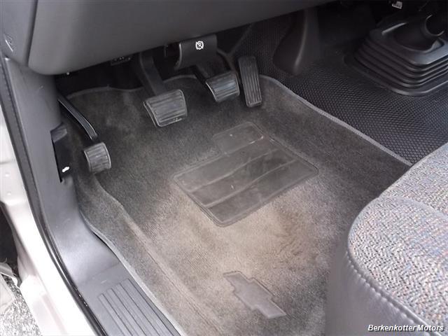 2005 Chevrolet Silverado 1500 - Photo 19 - Brighton, CO 80603