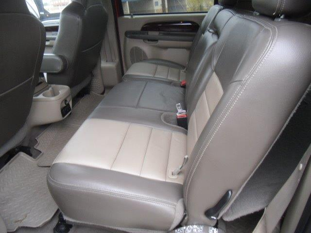 2003 Ford Excursion Eddie Bauer - Photo 28 - Brighton, CO 80603