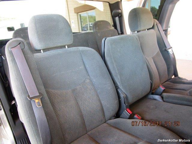 2004 Chevrolet Silverado 2500 LS Extended Cab - Photo 16 - Brighton, CO 80603
