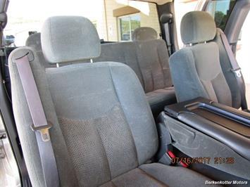 2004 Chevrolet Silverado 2500 LS Extended Cab - Photo 15 - Brighton, CO 80603