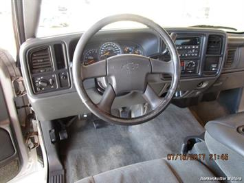 2004 Chevrolet Silverado 2500 LS Extended Cab - Photo 44 - Brighton, CO 80603