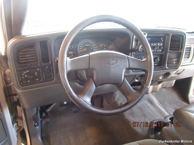2004 Chevrolet Silverado 2500 LS Extended Cab - Photo 20 - Brighton, CO 80603