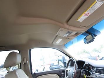 2013 GMC Sierra 3500 Denali Crew Cab Dually 4x4 - Photo 27 - Castle Rock, CO 80104