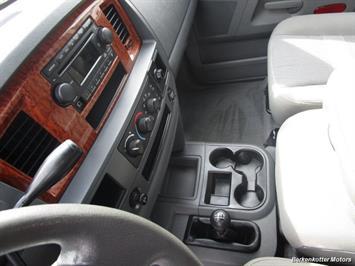 2006 Dodge Ram 2500 SLT Quad Cab 4x4 - Photo 27 - Castle Rock, CO 80104