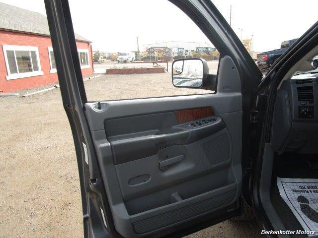 2006 Dodge Ram 2500 SLT Quad Cab 4x4 - Photo 19 - Castle Rock, CO 80104