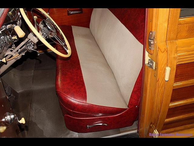 1947 Pontiac Streamliner Deluxe 8 Woody Station Wagon - Photo 28 - Kingston, PA 18704