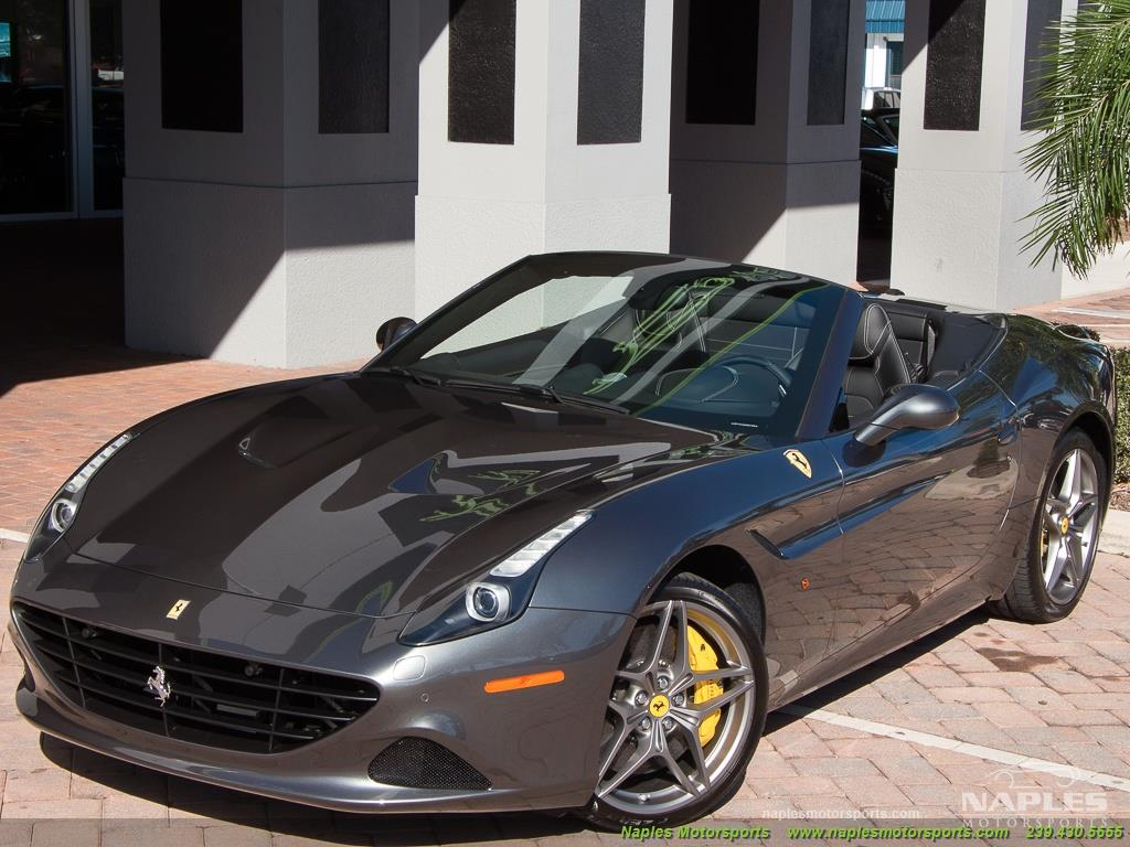 2017 Ferrari California T - Photo 6 - Naples, FL 34104