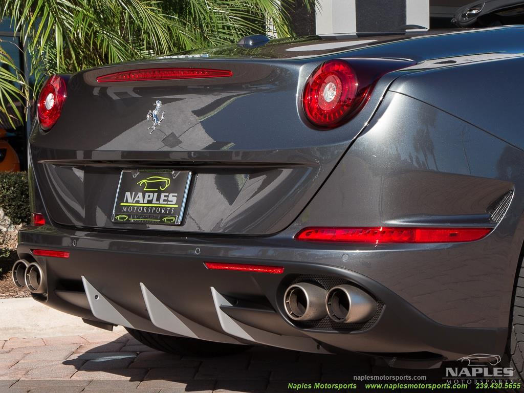 2017 Ferrari California T - Photo 31 - Naples, FL 34104