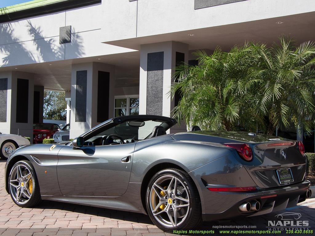 2017 Ferrari California T - Photo 5 - Naples, FL 34104