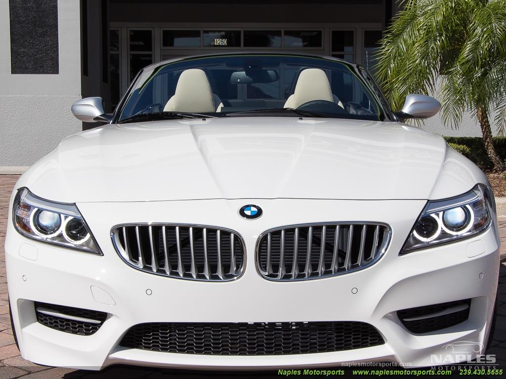2016 BMW Z4 sDrive35is - Photo 33 - Naples, FL 34104