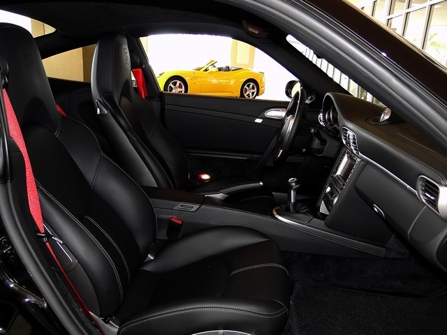 2007 Porsche 911 Carrera 4S - Photo 32 - Naples, FL 34104
