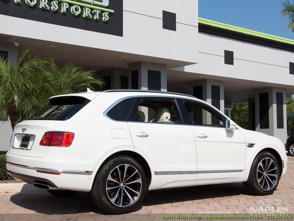 2017 Bentley Bentayga W12 - Photo 18 - Naples, FL 34104