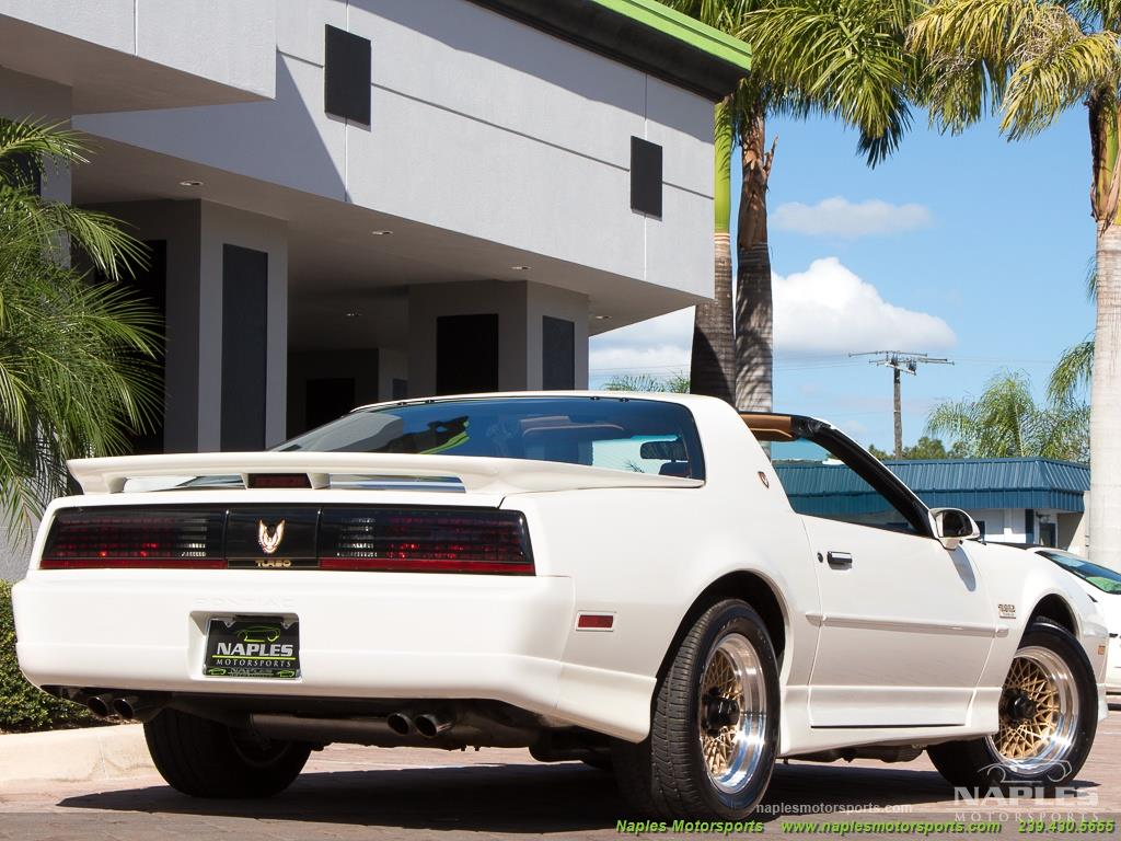 1989 Pontiac Firebird Turbo Trans Am - Photo 35 - Naples, FL 34104