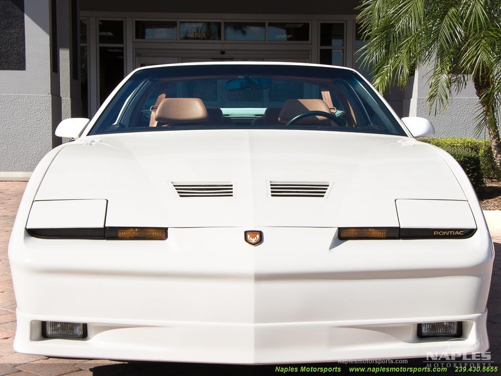 1989 Pontiac Firebird Turbo Trans Am - Photo 13 - Naples, FL 34104