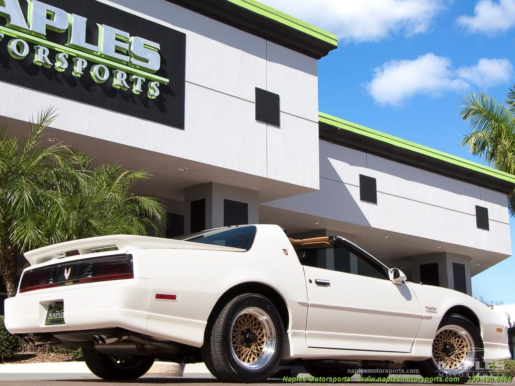 1989 Pontiac Firebird Turbo Trans Am - Photo 33 - Naples, FL 34104