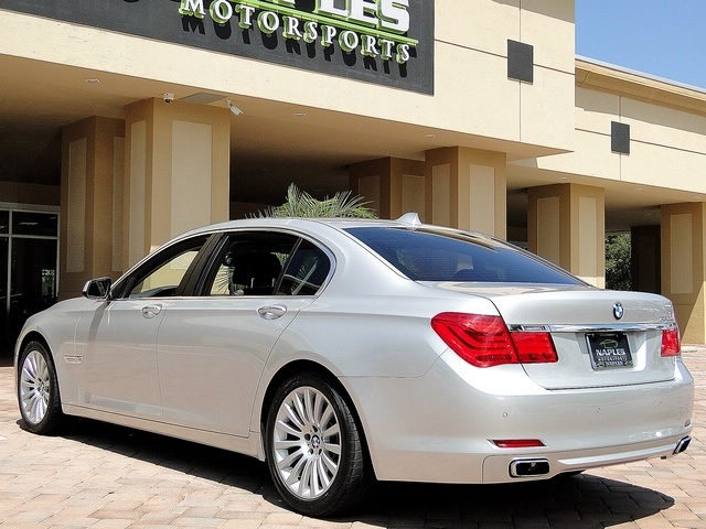 2010 BMW 750Lxi - Photo 3 - Naples, FL 34104