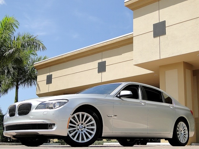 2010 BMW 750Lxi - Photo 56 - Naples, FL 34104