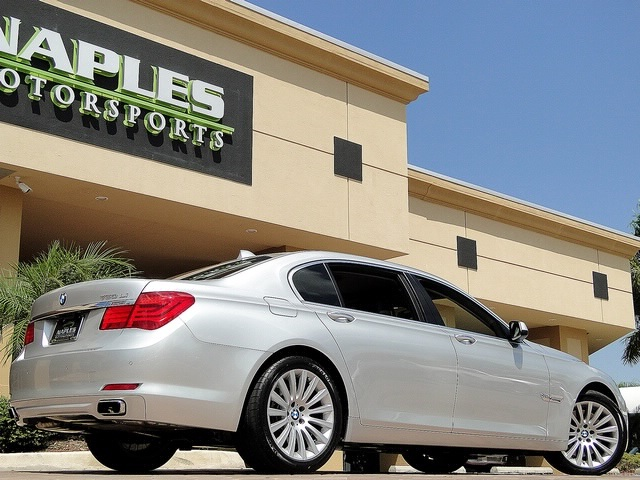 2010 BMW 750Lxi - Photo 36 - Naples, FL 34104