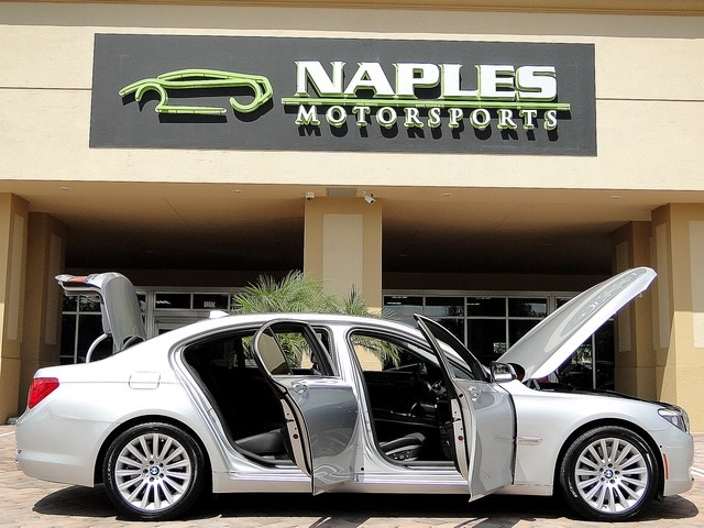 2010 BMW 750Lxi - Photo 21 - Naples, FL 34104