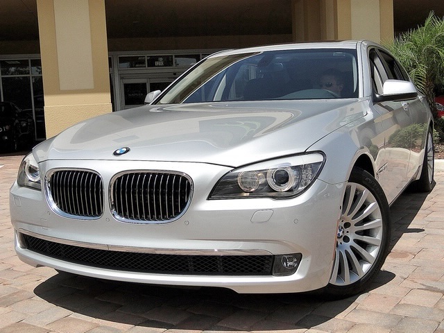 2010 BMW 750Lxi - Photo 40 - Naples, FL 34104