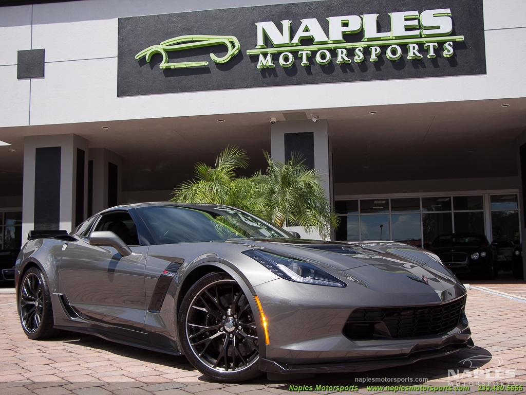 2015 Chevrolet Corvette Z06 - Photo 11 - Naples, FL 34104