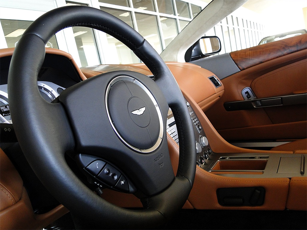 2006 Aston Martin DB9 Volante - Photo 42 - Naples, FL 34104