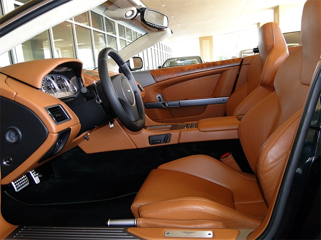 2006 Aston Martin DB9 Volante - Photo 2 - Naples, FL 34104