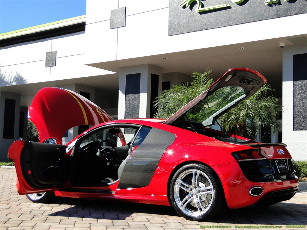 2011 Audi R8 5.2 quattro - Photo 20 - Naples, FL 34104