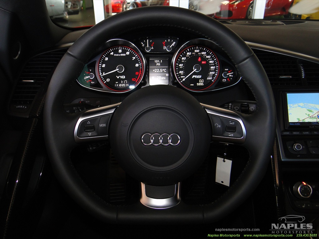 2011 Audi R8 5.2 quattro - Photo 48 - Naples, FL 34104