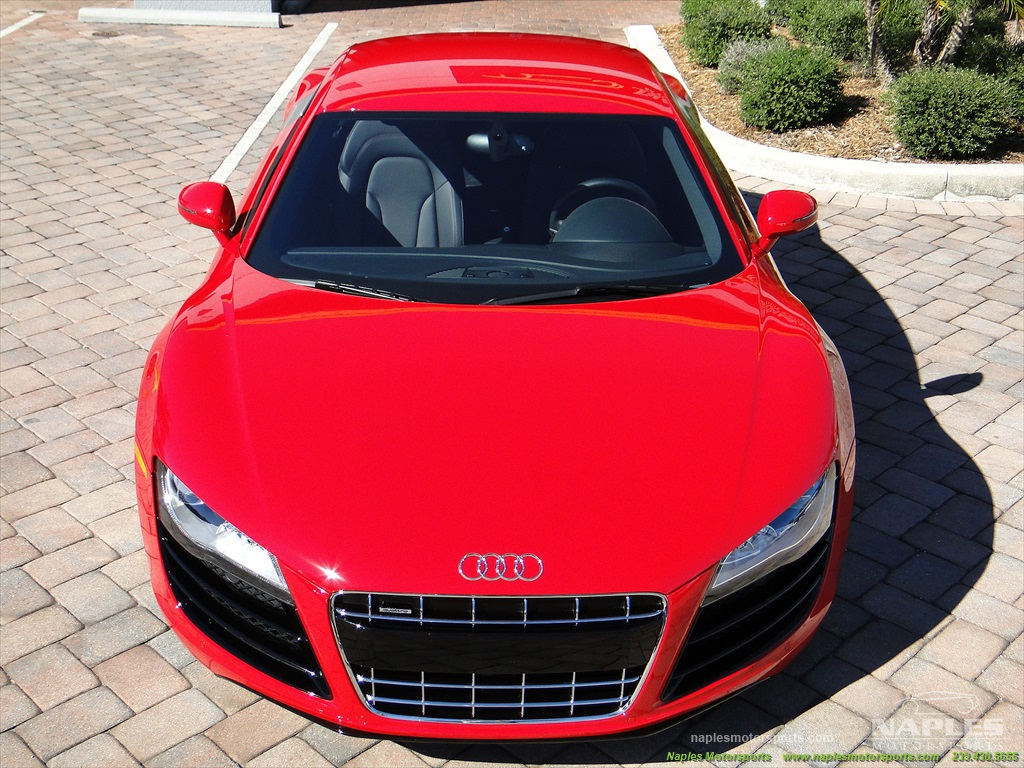 2011 Audi R8 5.2 quattro - Photo 39 - Naples, FL 34104