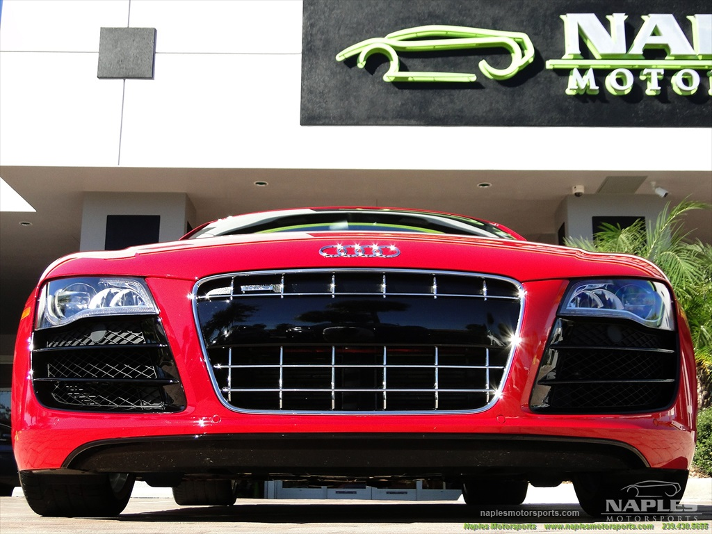 2011 Audi R8 5.2 quattro - Photo 27 - Naples, FL 34104