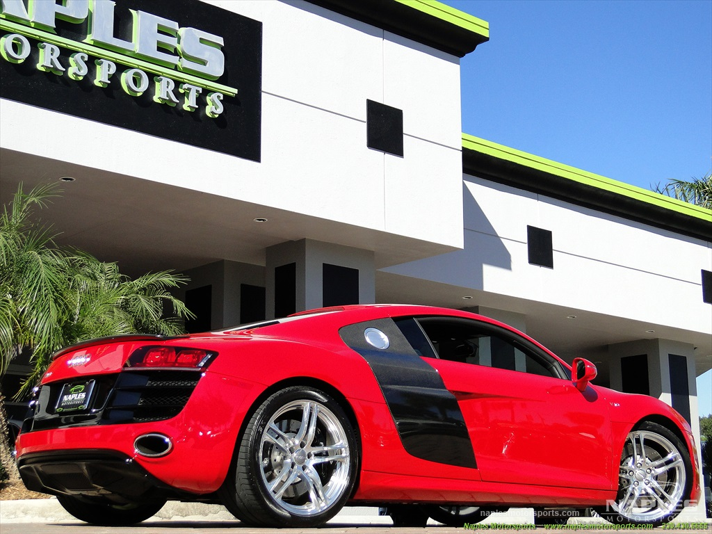 2011 Audi R8 5.2 quattro - Photo 38 - Naples, FL 34104