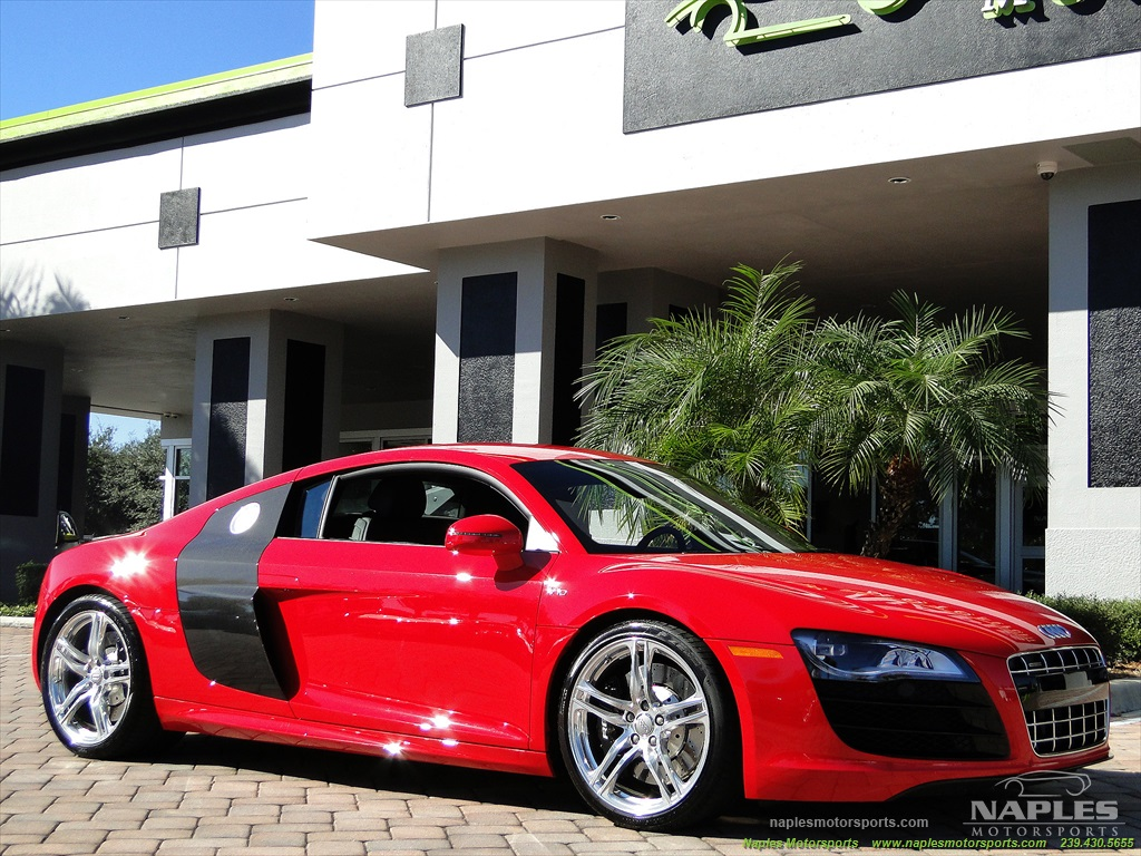 2011 Audi R8 5.2 quattro - Photo 31 - Naples, FL 34104