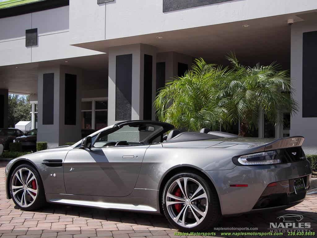 2015 Aston Martin Vantage S V12 Roadster - Photo 10 - Naples, FL 34104