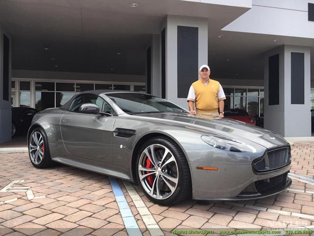 2015 Aston Martin Vantage S V12 Roadster - Photo 2 - Naples, FL 34104
