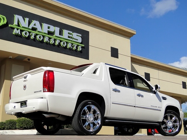 2008 Cadillac Escalade EXT - Photo 39 - Naples, FL 34104