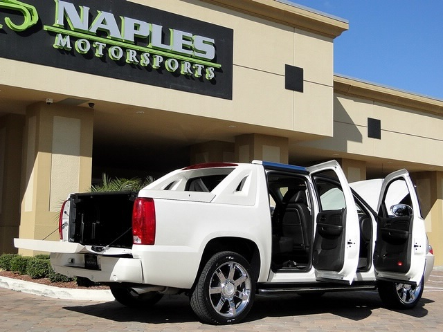 2008 Cadillac Escalade EXT - Photo 35 - Naples, FL 34104