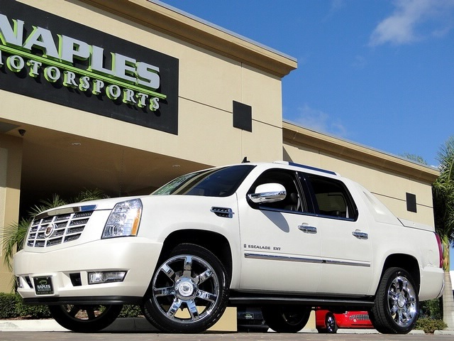 2008 Cadillac Escalade EXT - Photo 46 - Naples, FL 34104