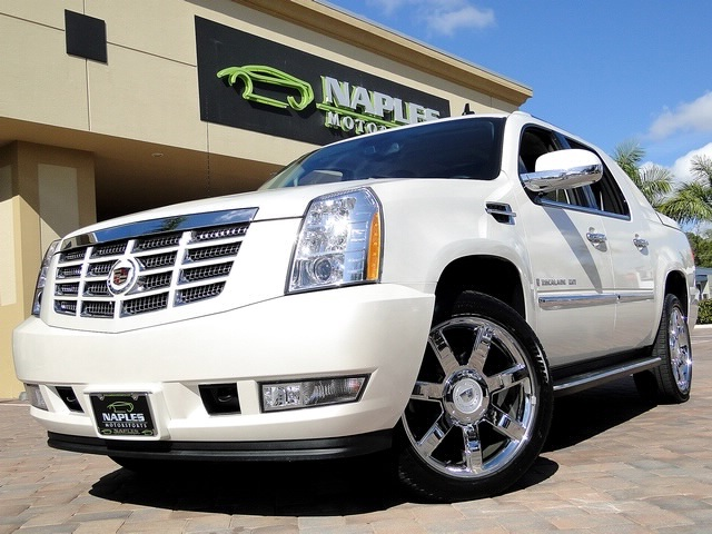 2008 Cadillac Escalade EXT - Photo 37 - Naples, FL 34104