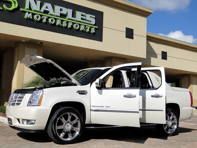 2008 Cadillac Escalade EXT - Photo 56 - Naples, FL 34104