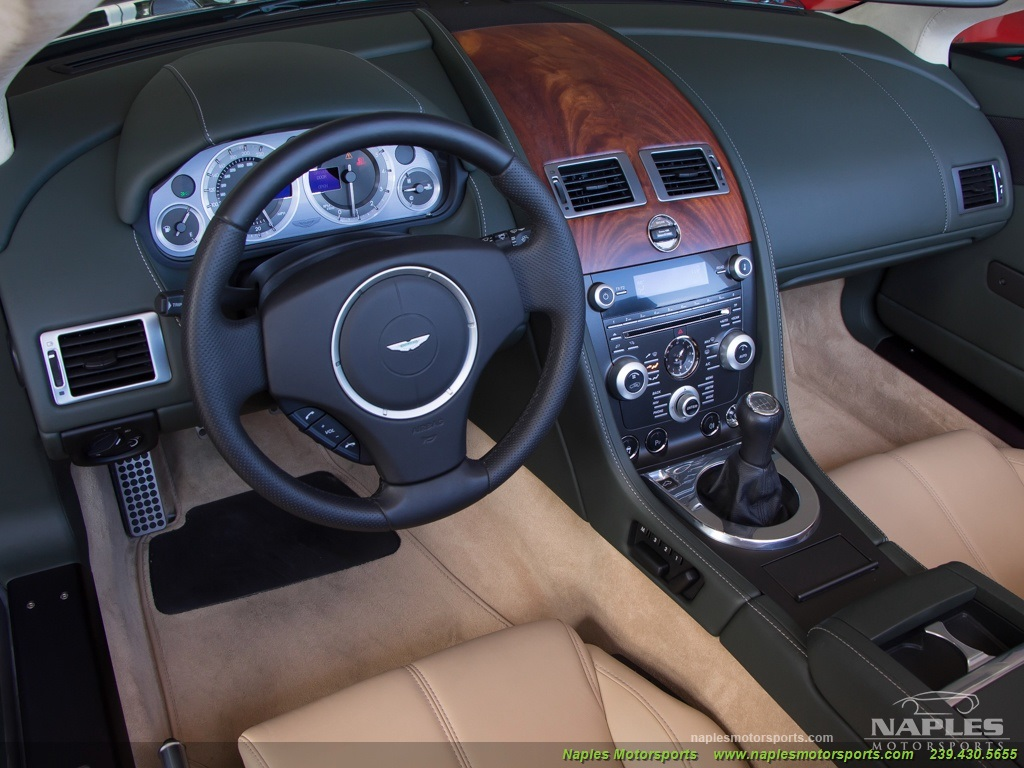 2009 Aston Martin Vantage Roadster - Photo 8 - Naples, FL 34104