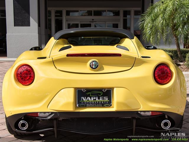 2015 Alfa Romeo Spider 4c - Photo 4 - Naples, FL 34104