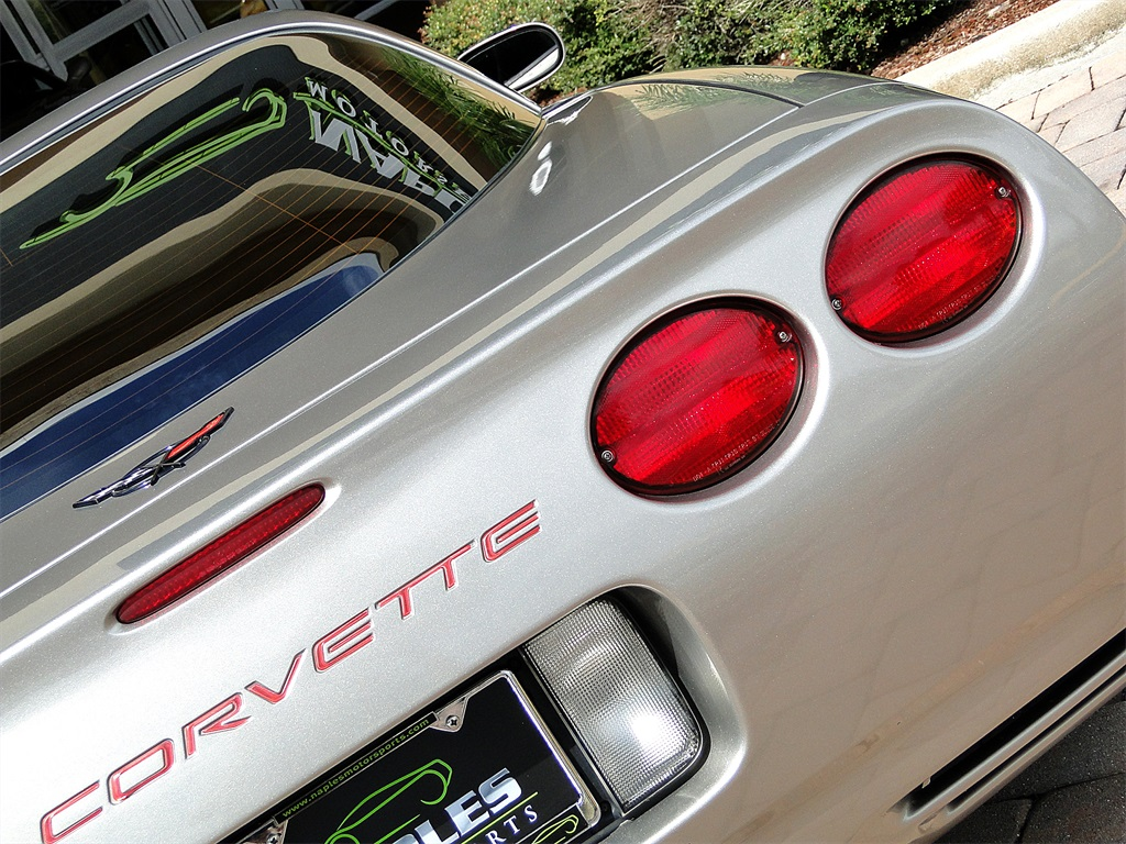 2000 Chevrolet Corvette - Photo 17 - Naples, FL 34104