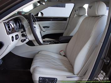 2015 Bentley Continental Flying Spur W12 Mulliner Sedan