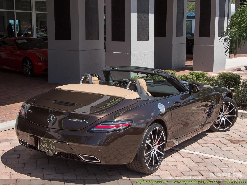 2014 Mercedes-Benz SLS AMG GT Convertible - Photo 49 - Naples, FL 34104